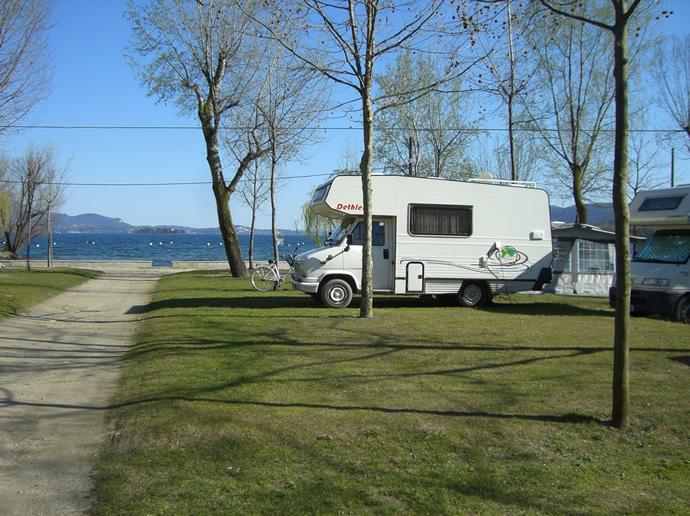 Blick auf den Lago Maggiore vom Wohnmobil aus