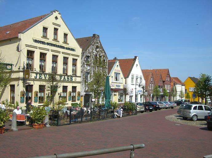 Blick über den Marktplatz von Jever