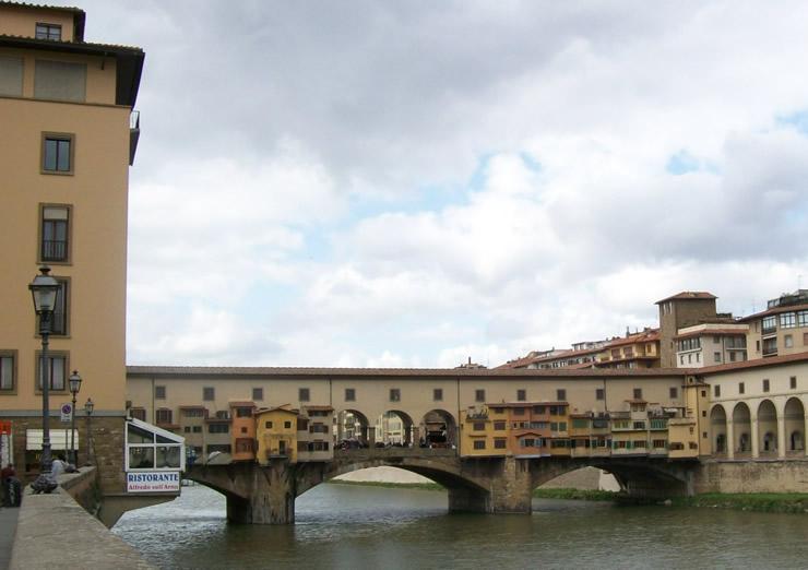 Ponte Vecchio über den Arno