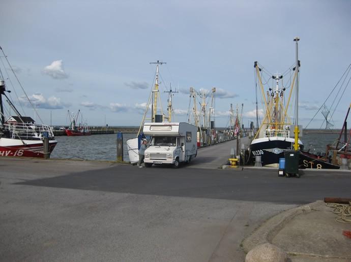 Unser Wohnmobil am Fischerhafen auf Römö