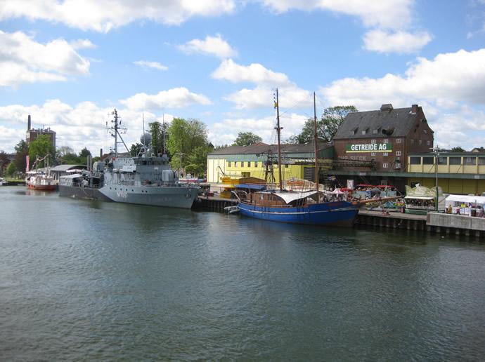 Minenjagdboot Laboe im Hafen von Kappeln