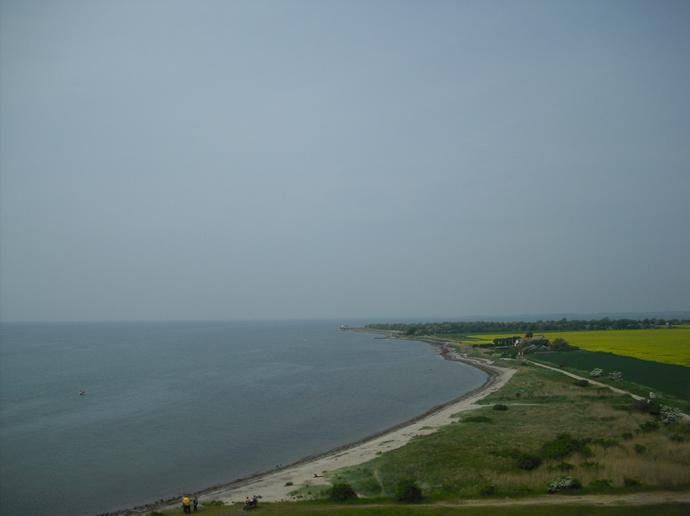 Blick von der Fehmarnsundbrücke auf die Insel Fehmarn