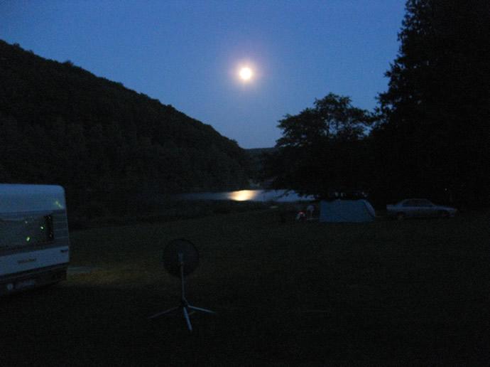 Die Ulombachtalsperre bei Nacht