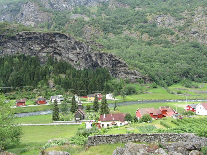Die historische Kirche in Flåm