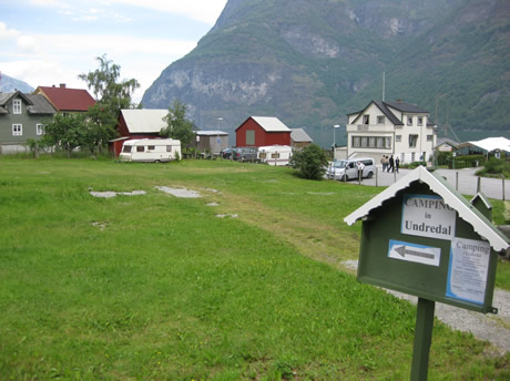 Camping in Undredal