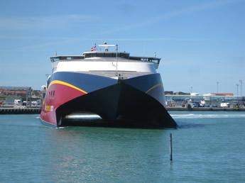 Die HSC Fjordcat im Hafen von Hirtshals