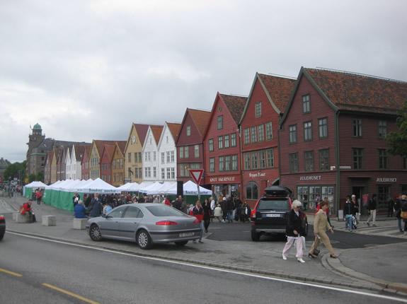 Der historische Bryggenkai in Bergen