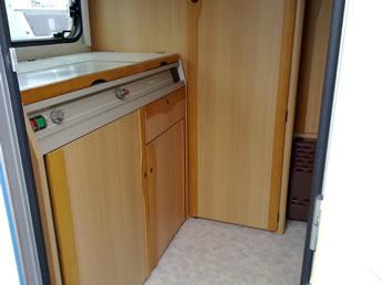 Wohnwagenmöbel gut erhalten