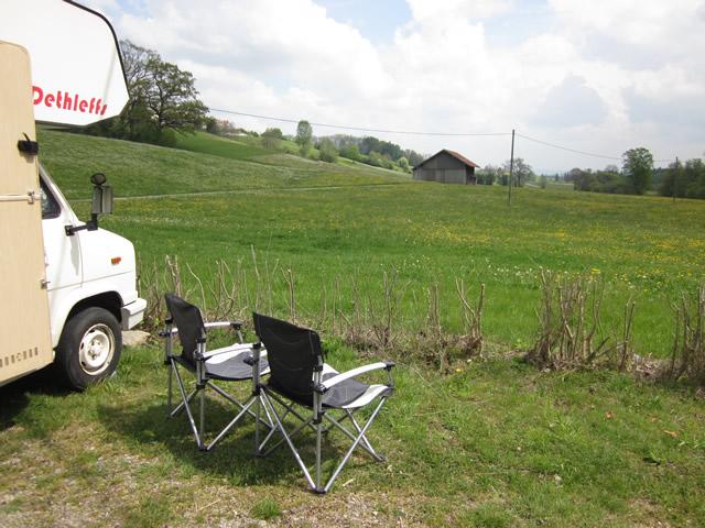 Wohnmobilstellplatz von Altusried in bayerischer Idylle