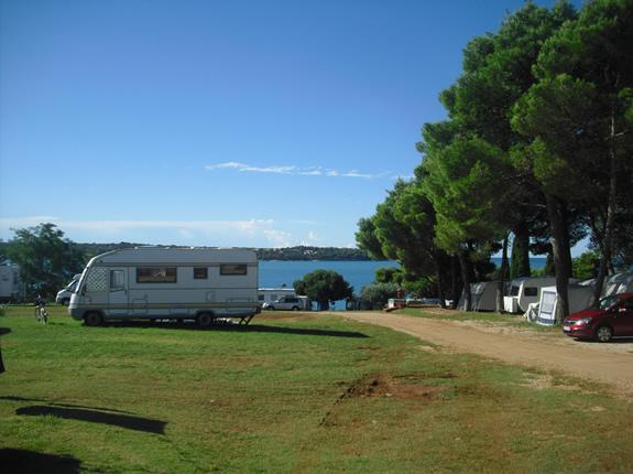 Ausblick auf die kroatische Adria vom Campingplatz aus