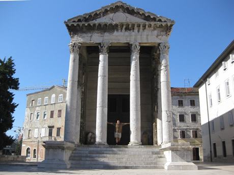 Augustustempel in Pula