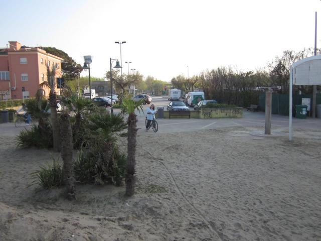 Mit dem Fahrrad an den Strand von Riccione