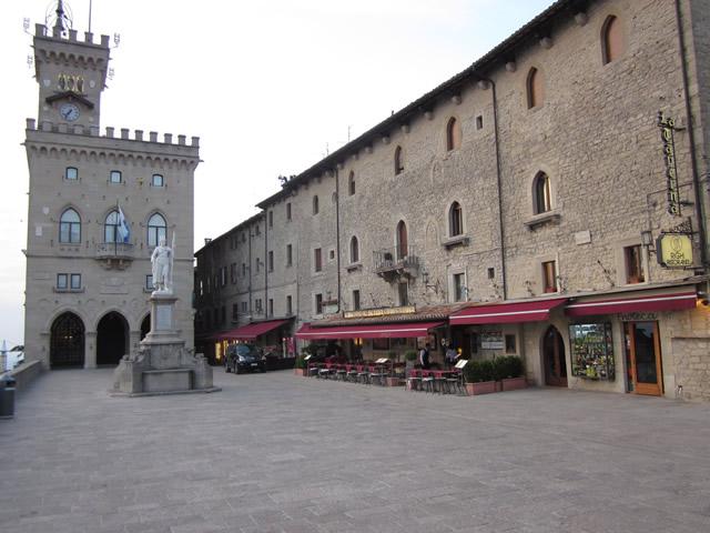 Statue Restaurant und Palast, eine tolle Szenerie