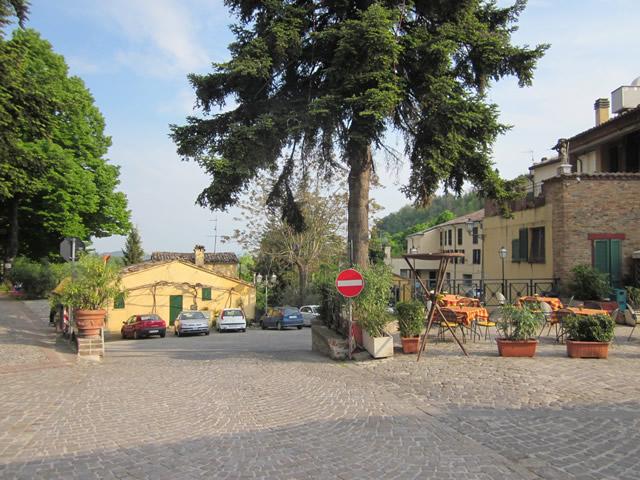 Dorfplatz 2 in Montefiore