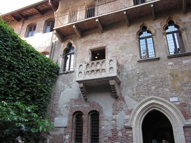 Der berühmte Balkon von Julia in Verona