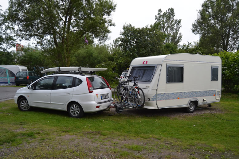 maximaler Lenkeinschlag mit Fahrradtraeger auf der Deichsel