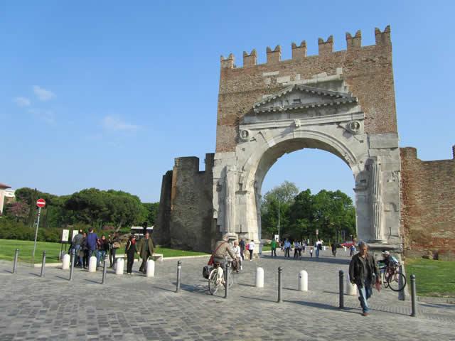 Augustusbogen in Rimini - römisches Bauwerk